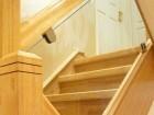 Clear glass - contemporary oak posts - oak unique steps